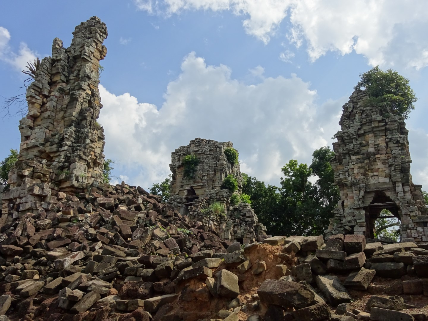 attraction-Banteay Torp 2.jpg