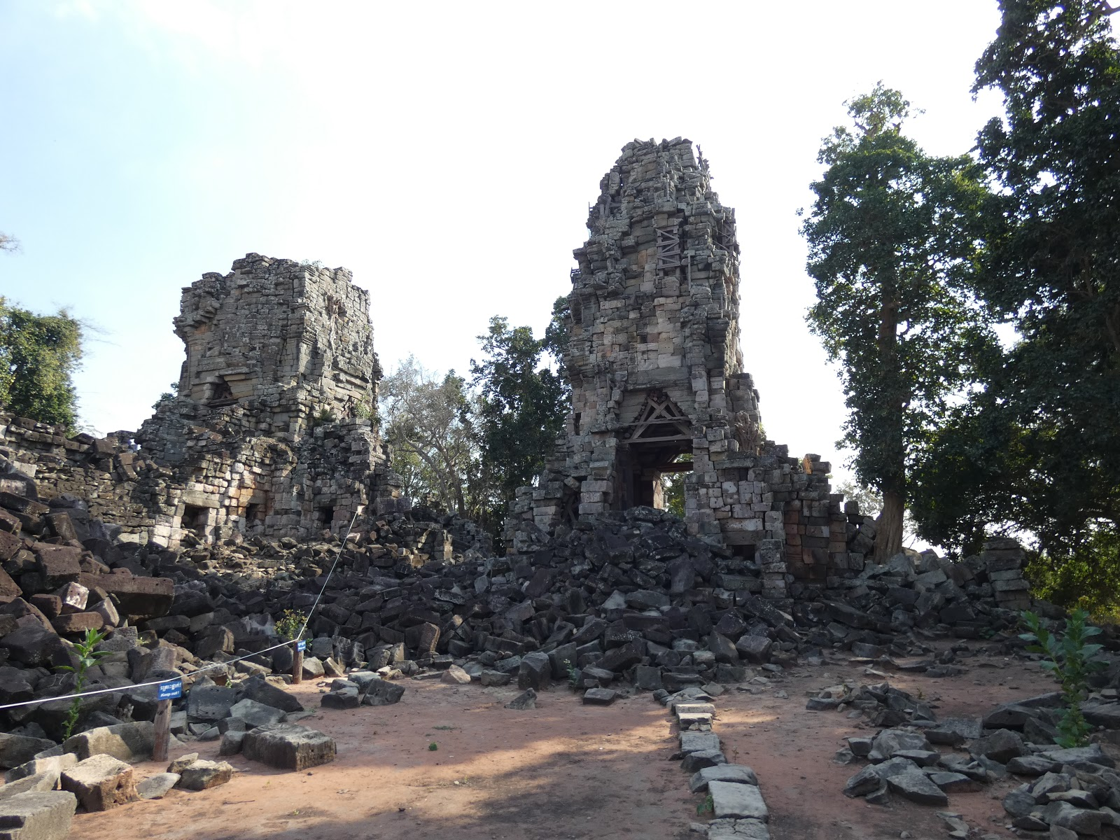attraction-Banteay Torp 3.jpg