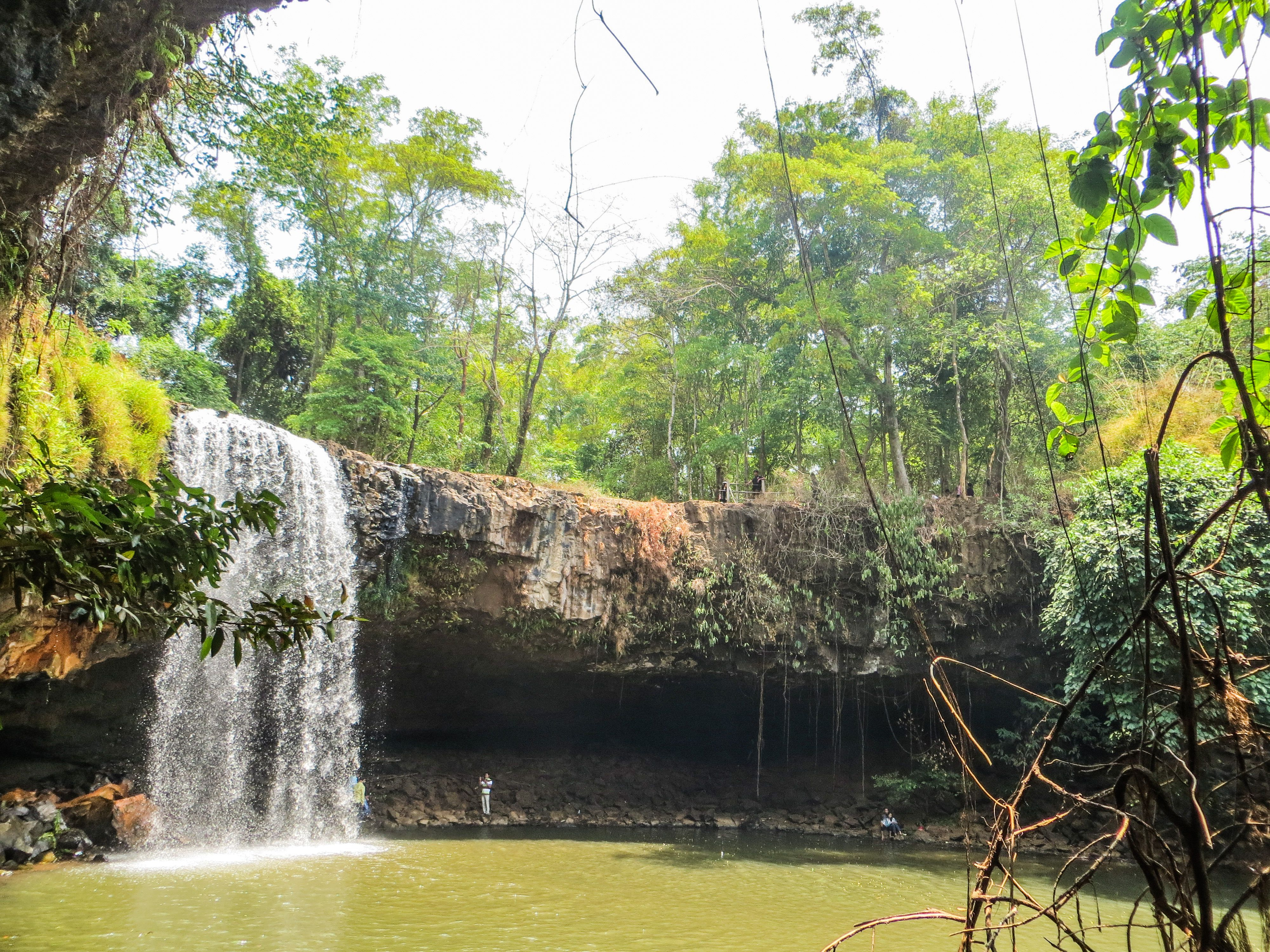 attraction-Cha Ong Waterfall 2.jpg