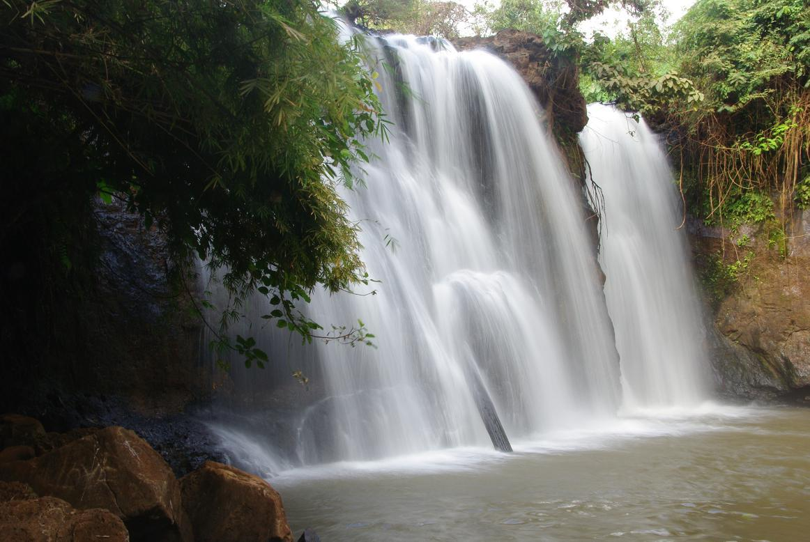 attraction-Ka Tieng Waterfall 1.jpg