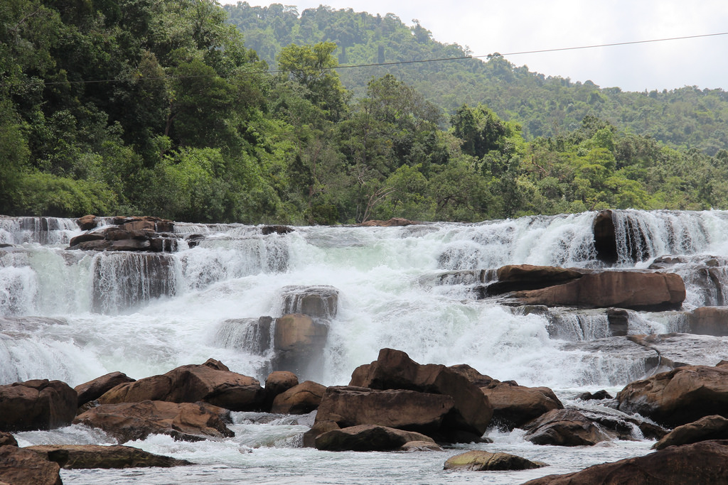 attraction-Tatai Waterfall 3.jpg