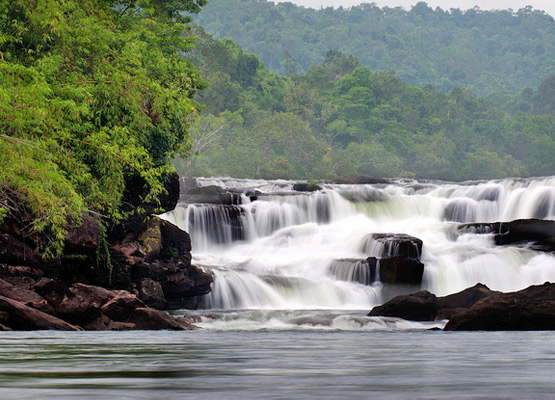 attraction-Tatai Waterfall 4.jpg