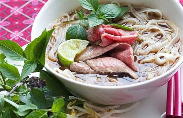 Vietnam Private Tours | Vietnam Food and Drinks