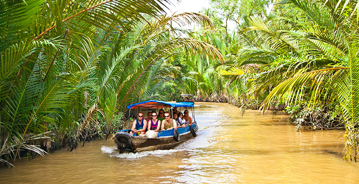 9-Day Laos and Vietnam Tour with Mekong Delta Cruise